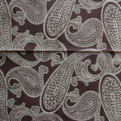 Fat Quarter - Paisley - Beige on Brown 2